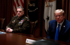 Lầu Năm Góc 'đứng ngồi không yên' vì Tổng thống Trump