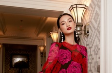 Quỳnh Anh hóa đóa hồng quyến rũ trong các thiết kế mới của Elise