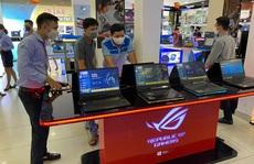 Laptop vào mùa giảm giá