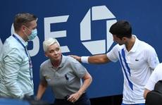 Xấu chơi, Djokovic vẫn nghĩ bị ép uổng loại khỏi US Open 2020