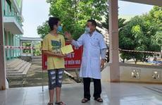Học sinh lớp 8 âm tính rồi dương tính với SARS-CoV-2 được xuất viện