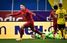 Ronaldo lập cú đúp siêu phẩm, Bồ Đào Nha toàn thắng Nations League