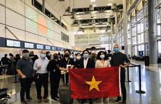 Gần 360 người Việt từ Mỹ về nước ngày đầu năm