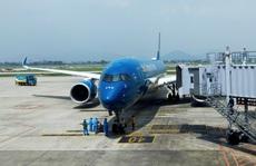 Tạm dừng cấp phép các chuyến bay về Việt Nam từ Anh, Nam Phi