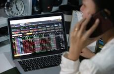 VN-Index nỗ lực vượt đỉnh lịch sử