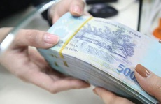 Nhờ xin làm 'Vụ phó', người phụ nữ bị lừa gần 28 tỉ đồng