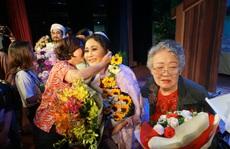 Các nghệ sĩ vở 'Áo cưới trước cổng chùa' hạnh phúc khi đoạt giải Mai Vàng