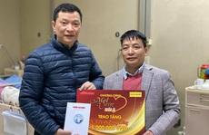 'Mai vàng nhân ái' thăm nhà thơ Trúc Thông và nhạc sĩ Trọng Bằng