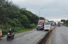 Xe khách lao ngược chiều trên Quốc lộ 1 ở Đồng Nai: Đã xử sao?