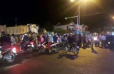 Xe đầu kéo cuốn thi thể nạn nhân vụ tai nạn chạy gần 60km