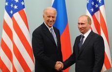 Tổng thống Nga-Mỹ nói gì trong cuộc điện đàm đầu tiên?