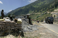 Ấn Độ đổ thêm quân tới biên giới Trung Quốc