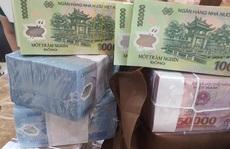 Xử lý nghiêm vi phạm mua bán vàng, ngoại tệ và đổi tiền trái phép