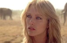 """""""Bond girl"""" Tanya Roberts qua đời"""