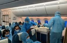 Thủ tướng: Tạm dừng các chuyến bay từ nơi có biến thể mới virus SARS-CoV-2