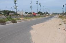 Những đụn cát trên đường