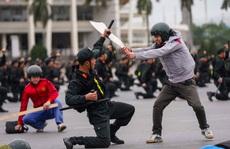 Cận cảnh diễn tập chống khủng bố bảo vệ nguyên thủ, bảo vệ Đại hội Đảng XIII