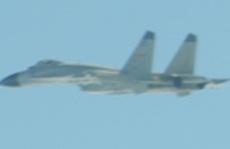 Máy bay Mỹ - Trung ồ ạt áp sát Đài Loan
