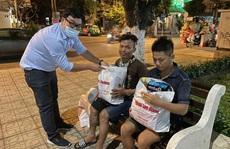 'Tết ấm cho người vô gia cư' ngoài đường phố Nha Trang