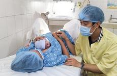 Đúng giao thừa, 5 em bé cùng cất tiếng khóc chào đời tại TP HCM