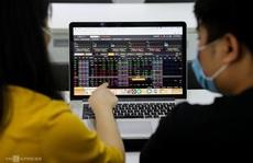 Phần thưởng cho nhà đầu tư chứng khoán đi ngược dòng