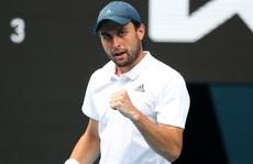 Tay vợt 'vô danh' lập kỷ lục trong lần đầu dự Giải Úc mở rộng