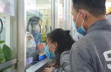 Hành khách 'ngỡ ngàng' khi đổi, trả vé tại Bến xe Miền Đông