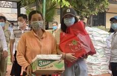 """Theo chân """"Novator"""" tặng 800 phần quà cho người dân tỉnh Đồng Tháp"""