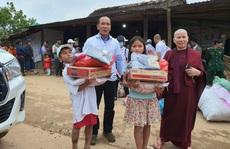 'Làm báo cùng Báo Người Lao Động': Ngày xuân đến với vùng biên