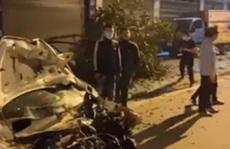Va chạm với xe ôtô, 2 sinh viên tử vong trên đường đi làm thêm về