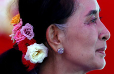 Bà Aung San Suu Kyi dính cáo buộc mới từ cảnh sát Myanmar