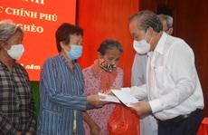 Phó Thủ tướng Thường trực Trương Hòa Bình thăm, tặng quà Tết tại Sóc Trăng
