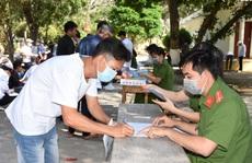 CLIP: Trại giam Phước Hòa giảm án cho hơn 700 phạm nhân về quê đón Tết