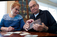 Mỹ: Cụ ông tìm được ví thất lạc ở Nam Cực sau 53 năm