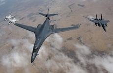 Máy bay ném bom B-1 của Mỹ 'gởi thông điệp đến Nga'