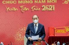 Thủ tướng xúc động, trân quý tinh thần hy sinh của các chiến sĩ áo trắng