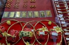 Giá vàng hôm nay 10-3: Ngoi lên 1 triệu đồng /lượng sau một ngày