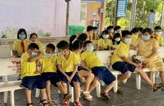 Hàng chục học sinh Trường Tiểu học Lê Lợi, TP Vũng Tàu được đưa vào viện cấp cứu