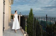 Hoa hậu Đỗ Mỹ Linh khám phá khu nghỉ dưỡng sắp khai trương ở Mũi Né