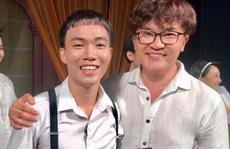 Nghệ sĩ Đại Nghĩa toát mồ hôi khi xem vở kịch 'Làm đĩ'