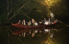 Thức xuyên đêm chờ lễ hội chùa Hương mở cửa trở lại