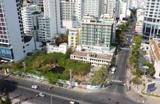 Đất 'vàng' đường biển Nha Trang bỏ hoang