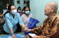 Lãnh đạo TP HCM thăm, chúc thọ người cao tuổi