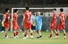 HLV Park Hang-seo: Không hiểu sao bầu Hiển nói tôi bảo thủ?