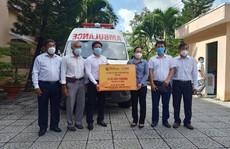 8 tỉnh, thành miền Tây được tặng xe cứu thương chuyển bệnh nhân Covid-19