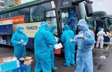 Quảng Nam tiếp tục đón người khó khăn về quê miễn phí bằng ô tô
