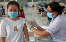 Khẩn trương hướng dẫn tiêm vắc-xin Covid-19 cho người dưới 18 tuổi