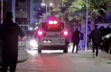 Cả nhà 4 du khách Nga chết bí ẩn trong phòng xông hơi Albania