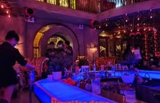 Đà Nẵng: Tạm đình chỉ hoạt động quán bar đón khách bất chấp lệnh cấm