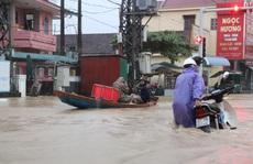 Hà Tĩnh - Quảng Bình: Nước lũ bủa vây, 4 người chết và mất tích